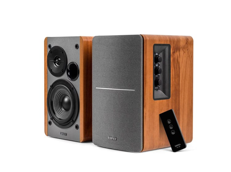 R1280T - Powered Bookshelf Speakers review & specs